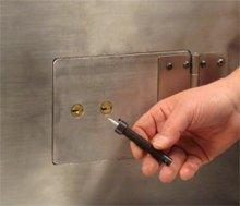 Nose Puller for Safe Deposit Boxes